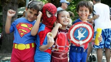 63. Crianças fantasiadas de super heróis para festa à fantasia infantil! – Por: pinterest