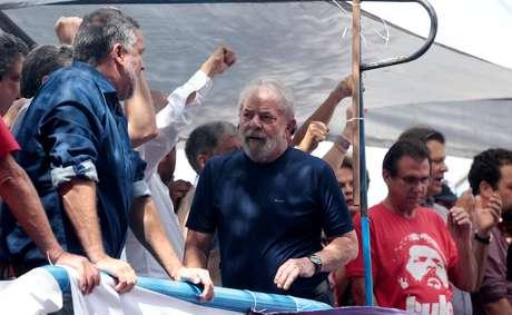 Ex-presidente Luiz Inácio Lula da Silva em São Bernardo do Campo 07/04/2018 REUTERS/Leonardo Benassatto