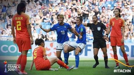 Giacinti e Galli marcaram os gols da Itália na partida (Reprodução)