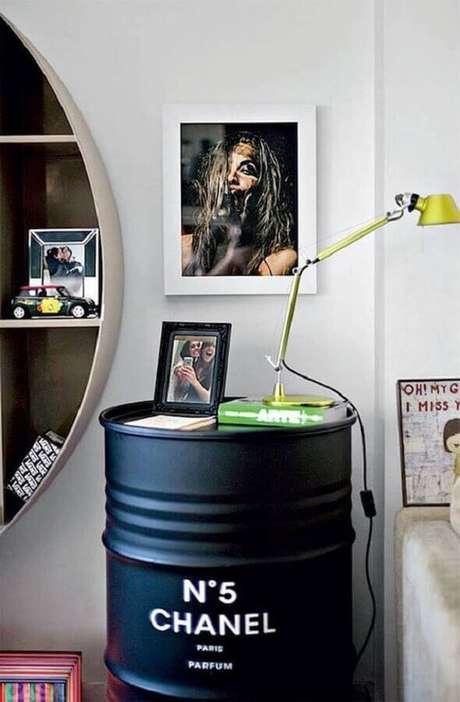 3. O tonel decorativo pode ser usado de diversas formas na decoração de sua casa – Foto: Yandex