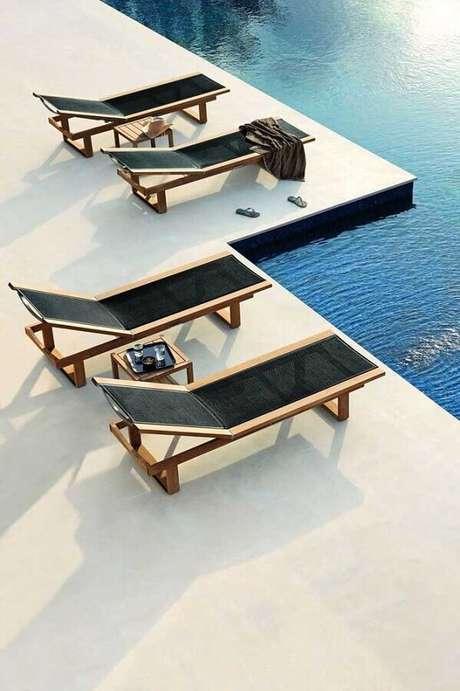 50. Modelo sofisticado de espreguiçadeira piscina – Foto: Conforama Lit Coffre