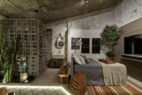 """60. O rústico do quarto de casal moderno pode estar no uso de itens mais """"naturais"""". Projeto por: Morar Mais Por Menos"""