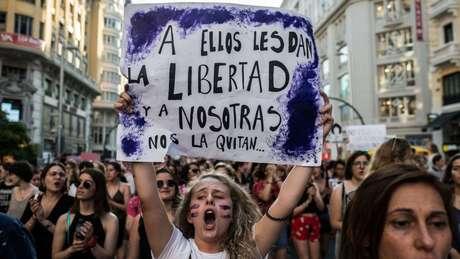 As marchas das mulheres contra a violência de gênero e sentenças judiciais que consideram injustas ganharam mais adesão nos últimos anos na Espanha