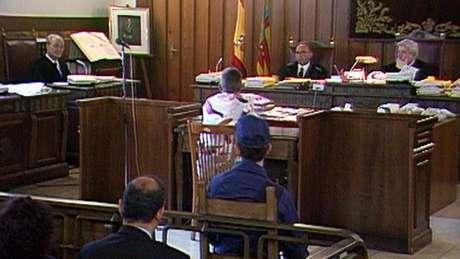 A série do Netflix contém cenas inéditas do julgamento de Miguel Ricart, a única pessoa processada e condenada pelo crime de Alcácer