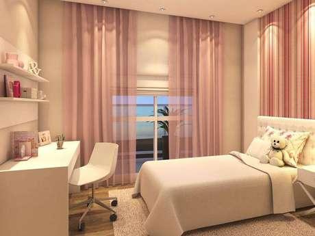 20. Um cortina voil deixam o quarto mais leve e garante a privacidade.