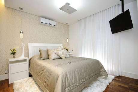 9. Cortinas para quartos embutidas conferem elegância ao ambiente