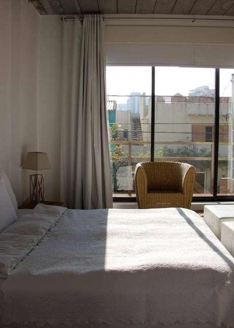 6. As cortinas para quarto com varão são de fácil aplicação e deixam o ambiente muito bonito.