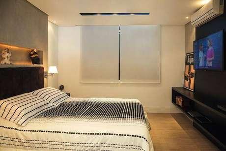 11. Para as cortinas para quarto, você pode utilizar a cortina rolô