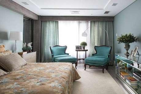 13. Caso opte por utilizar cores, procure combinar com o restante do quarto