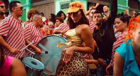 Anitta no clipe Make It Hot (Foto: Reprodução/Youtube)