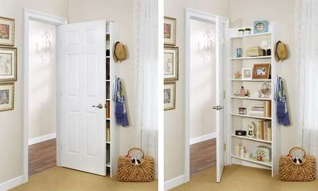 5. Aproveite o espaço atrás da porta para incluir uma prateleira para livros. Fonte: Book Bub
