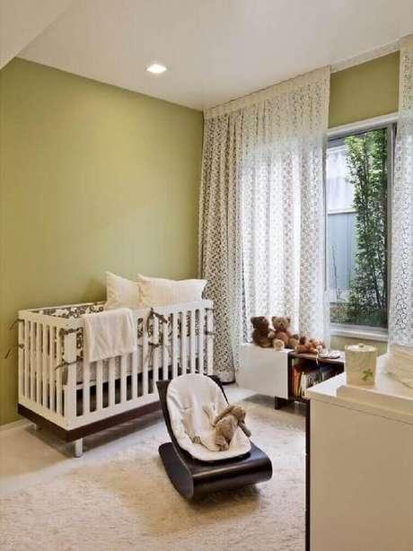37- As cortinas para quarto de bebê devem ser leves e rendadas. Fonte: Pinterest