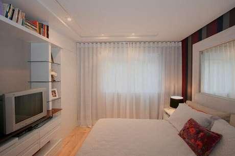 53- O voil é um tecido de cortinas para quarto leve e prático. Fonte: Cortinas BH e Persianas BH