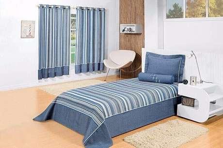 60- Os mesmo tecidos foram usados nas cortinas para quarto, colchas e capa de travesseiro. Fonte: Pinterest