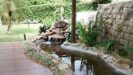 16. Crie ambientes lindos com seu lago artificial – Por: Donato Paisagista