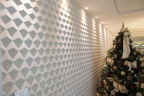 13. Os painéis de gesso acartonado podem ter desenhos geométricos. Projeto por: Ana Paula Maia Arquitetura