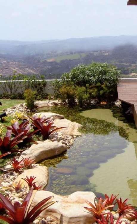 1. Confira como fazer um lago artificial com lona de forma prática e rápida – Por: Aprenda Cultivar