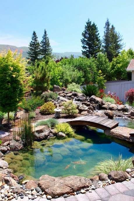 27. O melhor lugar para fazer lagos artificiais é na área externa de casa – Por: Na casa da Cris
