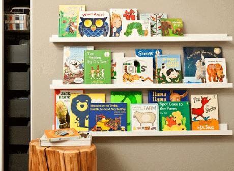 43. Prateleira para livros infantil com três andares. Fonte: Pinterest