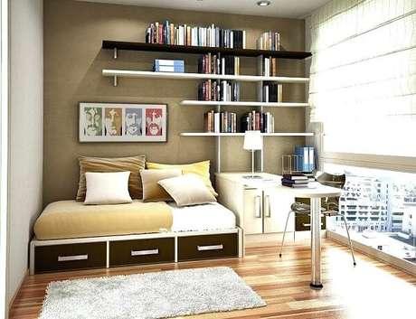 8. Prateleiras para livro de parede se harmonizam com a decoração do quarto. Fonte: Pinterest
