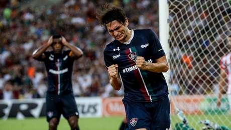 Matheus Ferraz teve o contrato renovado até dezembro de 2020 (Foto: Lucas Merçon/Fluminense)