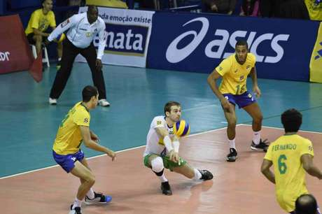 Seleção atuará em Brasília neste fim de semana (Marcos Ribolli/Vôlei Renata)