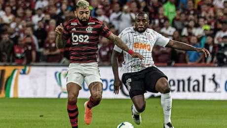 Manoel elogiou o trabalho feito pelo técnico Fábio Carille nesta temporada (Magalhães Jr/Photopress/Lancepress!)