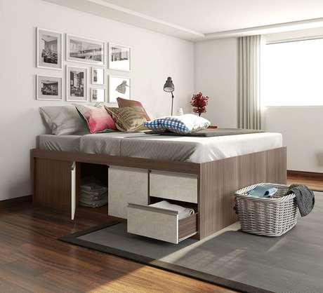 12. Algumas cama com gaveta também tem portinholas. Foto: Pinterest