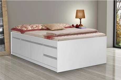 13. Os módulos da cama com gavetas deixa o móvel com uma altura maior. Foto: Ponto Frio