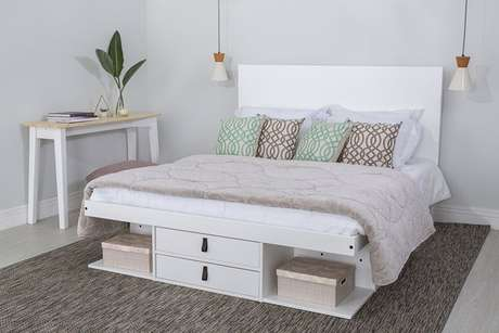 19. A também o modelo de cama com gavetas com nichos. Foto: Meu Móvel de Madeira