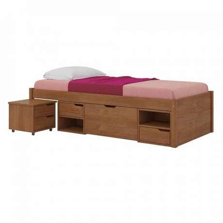 3. A cama com gavetas na versão solteiro costuma ter módulos apenas nas laterais. Foto: Mobly
