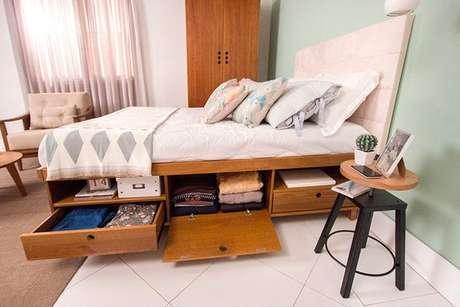 31. A cama com gavetas pode substituir cômodas. Foto: Pinterest