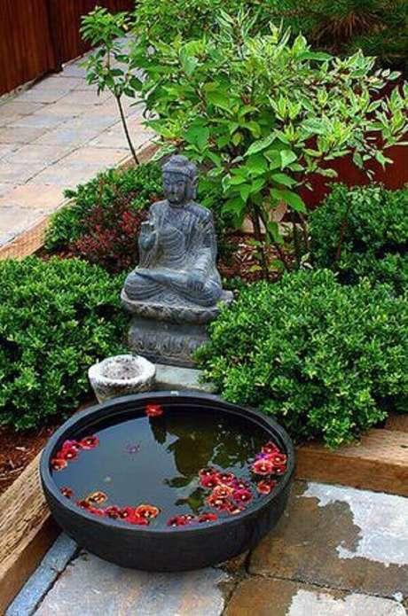 41. Espaços de meditação dentro desse jardim nos convidam a prática da meditação. Fonte: Pinterest