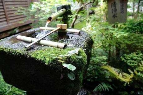 43. Fonte de Bambu complementa o paisagismo do Jardim Japonês. Fonte: Pinterest