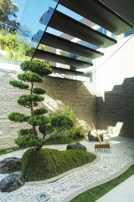 52. Jardim Japonês estruturado abaixo da escada. Fonte: Pinterest