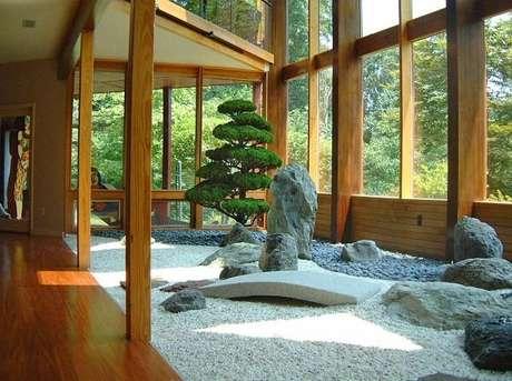 59. Jardim Japonês estruturado dentro de casa. Fonte: Pinterest