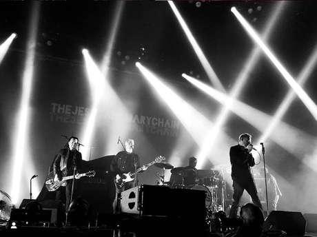 The Jesus and Mary Chain faz show em São Paulo