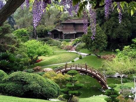 72. Paisagismo deslumbrante compõe esse jardim. Fonte: Arquidicas