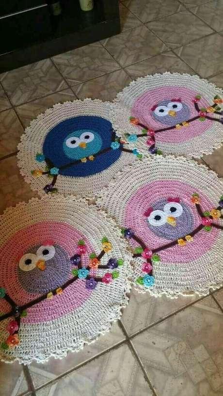 24. O tapete de coruja perfeito para usar na cozinha! – Por: Pinterest