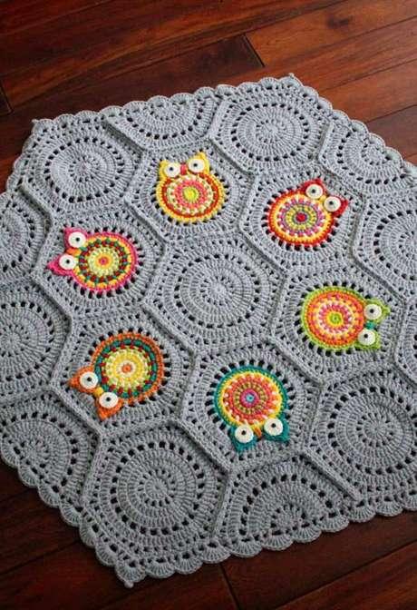 28. Use sua criatividade na hora de como fazer tapete de coruja – Por: Pinterest