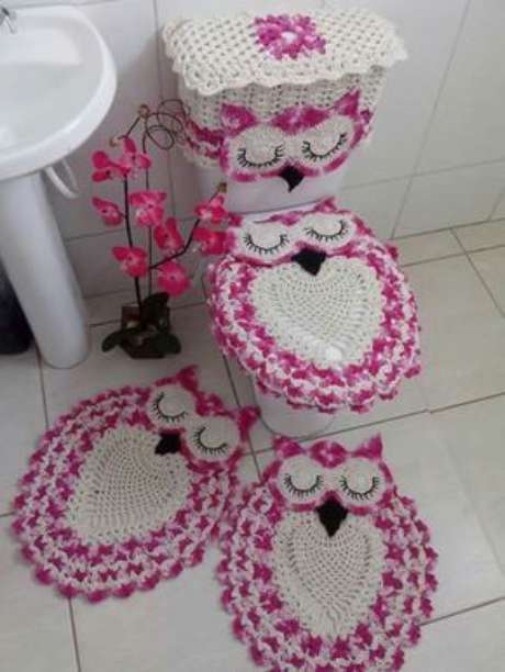 2. O tapete de coruja para banheiro deve ter as mesmas cores e padrões -Por: Pinterest