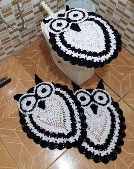 22. Tapete de coruja para o banheiro em preto e branco -Por: pinterest