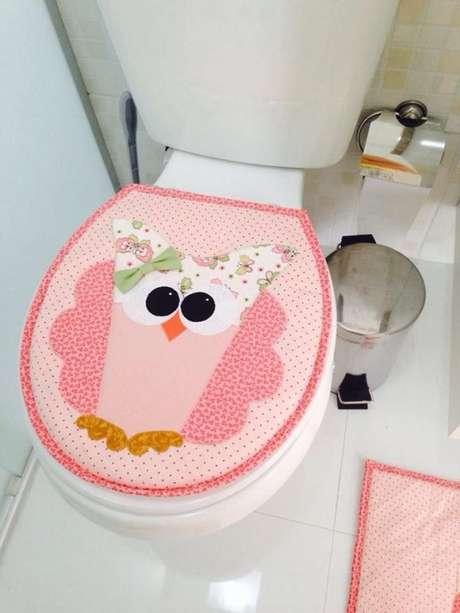 19. O tapete de coruja de patchwork também é uma ótima opção para seu banheiro – Por: Pinterest