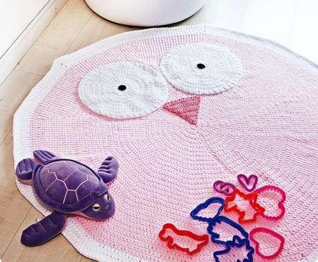 13. O tapete de coruja para quarto infantil é ideal para elas brincarem – Por: Cisne Fast