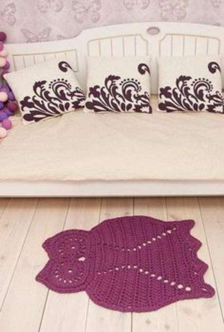9. O roxo é uma das cores mais fashions para apostar no tapete de coruja – Por: Pinterest