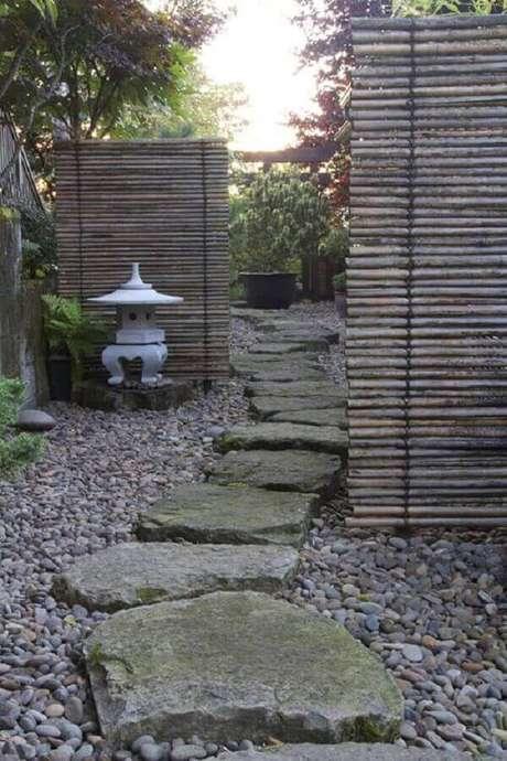 79. Utilize o bambu para separar ambientes dentro do jardim. Fonte: Pinterest