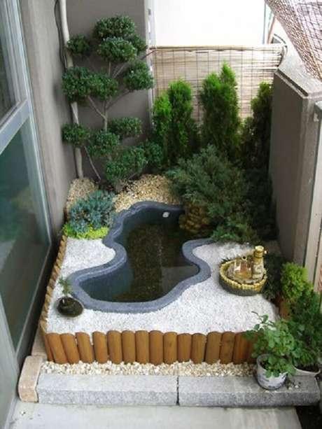 80. Versão mini jardim para varanda de apartamento. Fonte: Pinterest