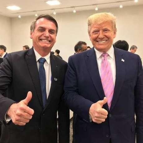 Bolsonaro e Trump posam para foto no G20 de Osaka