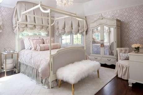 7. A cama com dossel é perfeita para ambientes clássicos e super femininos – Por: Casa Claudia