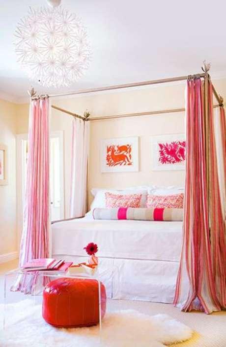 38. Cama com dossel cor de rosa – Por: Meu reino por uma cama